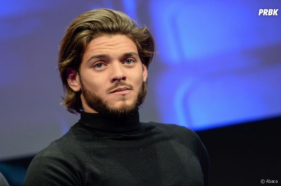 """Rayane Bensetti : malgré son """"immense chagrin"""", il est venu présenter son film La Finale au festival de l'Alpe d'Huez"""