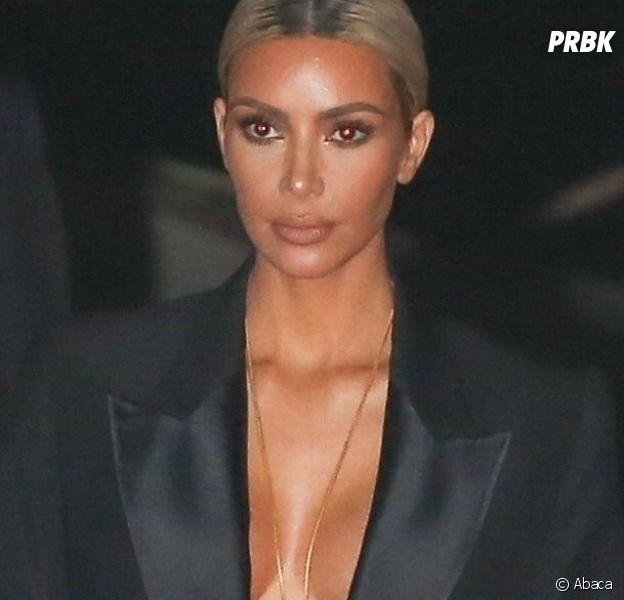 Kim Kardashian pose topless... devant sa fille North West âgée de seulement 4 ans !