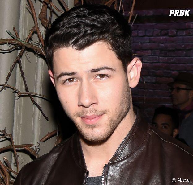 Nick Jonas en couple ? Il embrasse une certaine Annalisa Azaredo en Australie, les photos dévoilées !