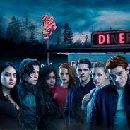 """Riverdale saison 2 : K.J. Apa tease un dernier épisode """"tragique"""", préparez vos mouchoirs"""