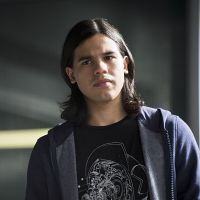 The Flash saison 4 : Cisco va-t-il vraiment quitter la team ?
