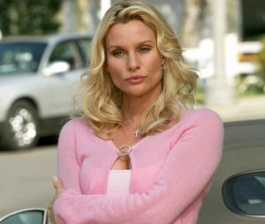 Desperate Housewives : Nicollette Sheridan accuse le créateur d'agression