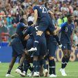 La France en Bleu : le reportage de TF1 crée le buzz sur Twitter et les français sont toujours en liesse !