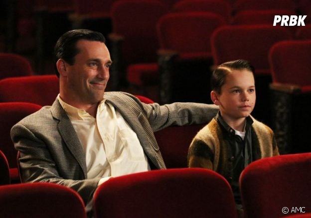Mason Vale Cotton et Jon Hamm dans Mad Men