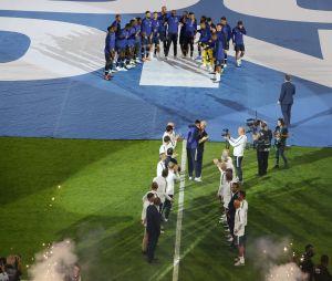 Une haie d'honneur pour les Bleus au Stade de France le 9 septembre 2018