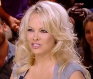 Pamela Anderson dans Quotidien : elle refuse de répondre à la question de Yann Barthès sur Adil Rami.