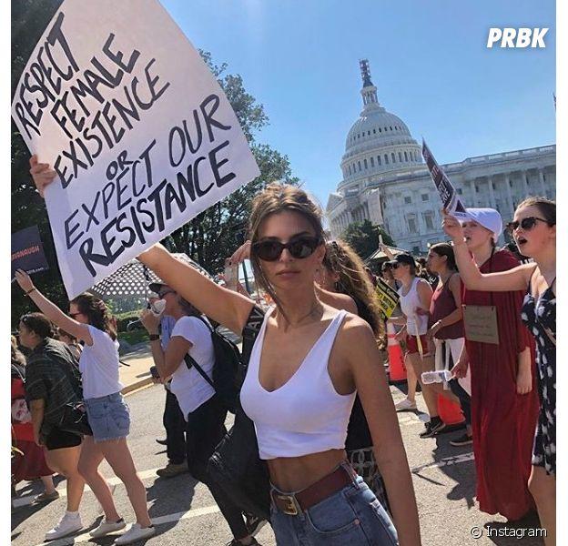 Emily Ratajkowski arrêtée par la police lors d'une manifestation contre Kavanaugh !