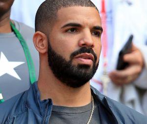 Drake un peu trop entreprenant avec une fan mineure ? Une vidéo polémique refait surface.