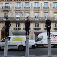 Koh Lanta : l'épreuve des poteaux reproduite en plein Paris