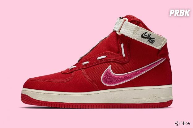 Emotionally Unavailable x Nike : des Air Force 1 high en mode Saint-Valentin.