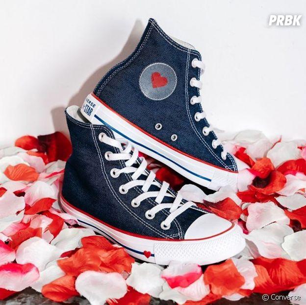 Converse dévoile des Chuck Taylor All Star Hi Coeur pour la Saint-Valentin.