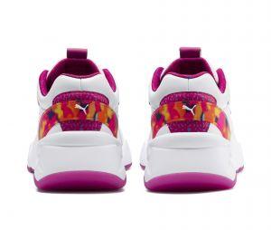 Barbie x Puma Nova : la sneaker revisitée en deux versions aux couleurs girly de la poupée !