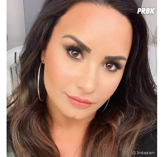 """Demi Lovato critiquée sur son poids : """"en colère"""", elle réagit"""
