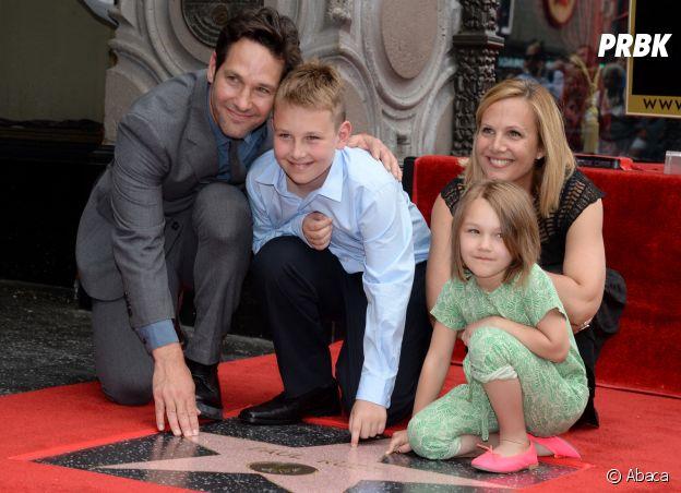 Paul Rudd avec sa femme Julie et leurs enfants