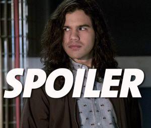 The Flash saison 5 : le départ de Carlos Valdes (Cisco) teasé dans le final ? Les fans inquiets