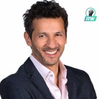 """Kamel Belghazi (Demain nous appartient) : """"William va avoir un lourd secret"""" (Interview)"""