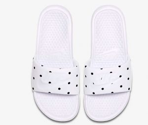 Claquettes Nike Benassi Unité Totale