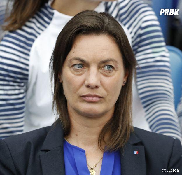Corinne Diacre : son absence de sourire avant/pendant/après France - Brésil détournée par les internautes sur Twitter