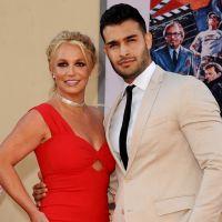 Britney Spears fiancée à Sam Asghari ? La bague qui sème le doute