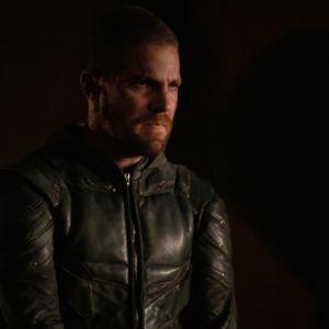 Arrow saison 8 : une fin parfaite pour Oliver ? Stephen Amell très content