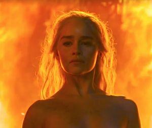 Game of Thrones : Emilia Clarke nue dans la série, elle balance sur le tournage de ces scènes