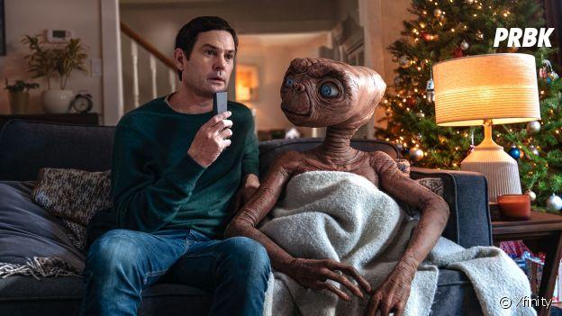 E.T. et Elliott dans la pub de Noël de Xfinity