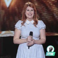 """Sarah (The Voice 2020) : pourquoi elle a dû """"improviser et changer la chanson sur scène"""" (interview)"""