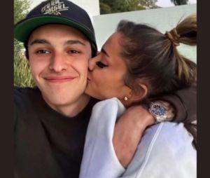 Ariana Grande se dévoile avec son boyfriend Dalton Gomez