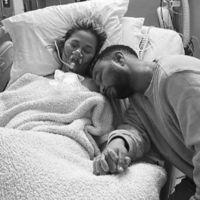 Chrissy Teigen se confie sur la mort de son bébé et répond aux critiques sur les photos
