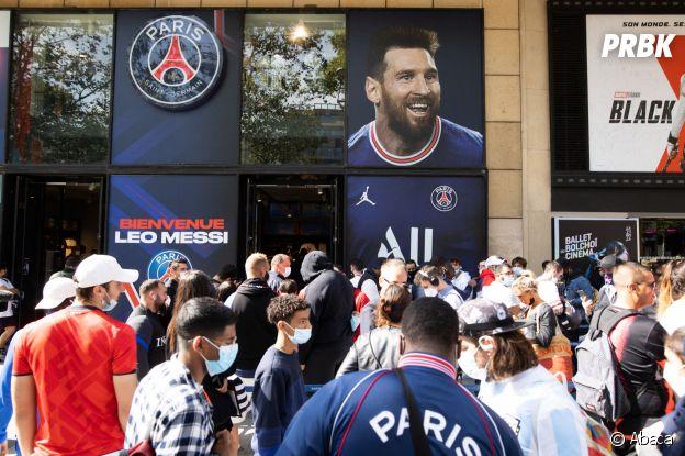 Lionel Messi : son maillot du PSG déjà en rupture de stock, fil d'attente folle aux Champs Elysées