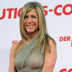 Jennifer Aniston ... Surprise main dans la main avec Adrien brody