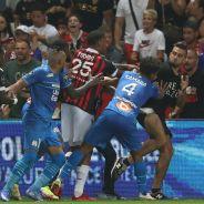 Nice-OM : Dimitri Payet blessé par un supporteur, bagarre générale sur la pelouse et match annulé