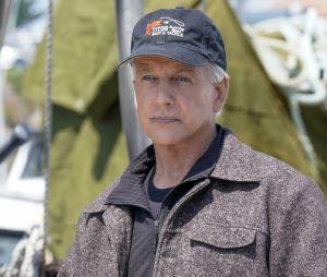 Extrait de l'épisode 4 de la saison 19 de NCIS qui explique comment Gibbs faisait pour sortir les bateaux de sa cave