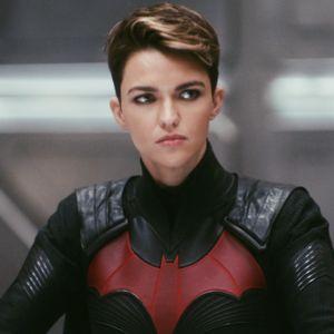 Batwoman : agressions, chantage, tournage dangereux... Ruby Rose dévoile la vérité sur son départ