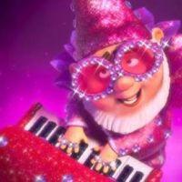 Gnomeo et Juliette ... la chanson du film avec Nelly Furtado et Elton John (vidéo)