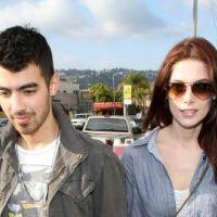 Joe Jonas et Ashley Greene ... Amoureux et heureux (photos)