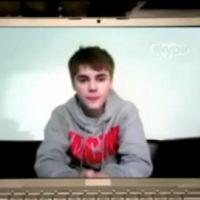 Justin Bieber ... une nouvelle vidéo ... il discute avec Drake sur Skype
