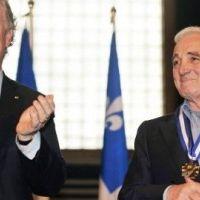 Charles Aznavour ... il n'est pas mort et le prouve (VIDEO)