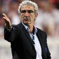 Raymond Domenech a l'étoffe d'un coach pour un jeu sur France 3