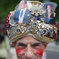 Mariage de Kate et William ... On a trouvé le plus grand fan (PHOTOS)
