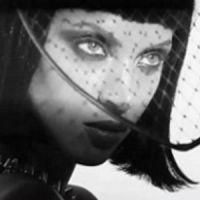 Noémie Lenoir... magnifique pour le magazine GQ (VIDEO)