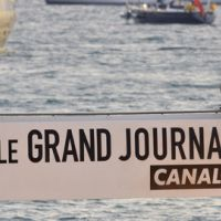 Le Grand Journal de Cannes ... l'équipe de La source des femmes en plateau et The Strokes en live