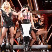 Britney Spears VIDEO ... Till The World Ends en live avec Nicki Minaj