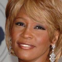 Whitney Houston : sa fille déchire tout sur une chanson d'Adele (VIDEO)