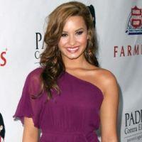 Demi Lovato à Paris : elle prévoit une tournée mondiale en 2012