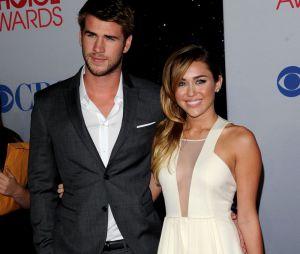 Liam Hemsworth et Miley Cyrus aux People's Choice Awards 2012