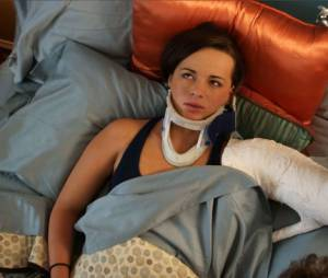 """Jenna à la suite de son """"accident"""" dans Awkward"""