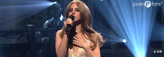 Lana Del Rey lors de l'émission Saturday Night Live