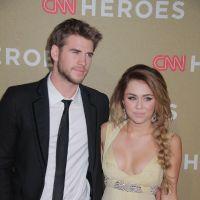 Miley Cyrus a bobo au coccyx : qui pour lui faire un bisou magique ? LOL