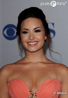 Demi Lovato est tout sourire, on attend de voir sa tête quand elle apprendra qu'elle ne figurera peut-être pas au casting de Camp Rock 3